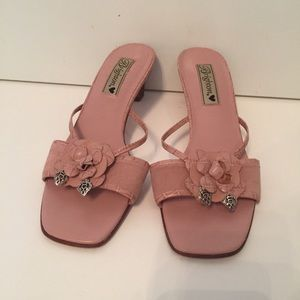 ⭐️BRIGHTON SANDALS PINK LEATHER FLOWER CHARMS 8.5